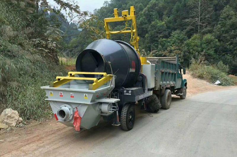 农村混凝土泵车客户体现日 现场施工显神威
