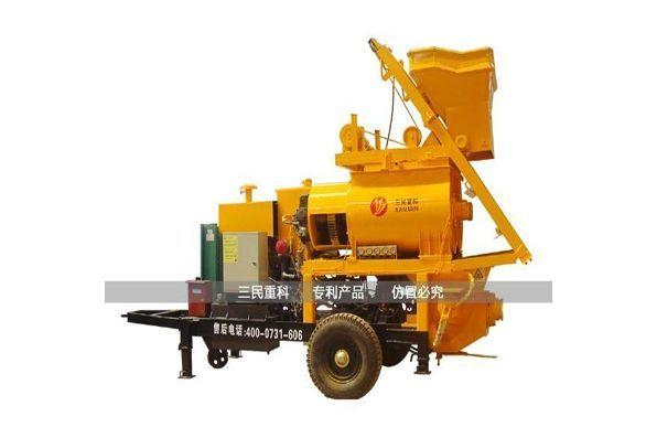 柴油动力混凝土输送泵在清水县新农村建设施工